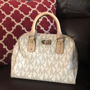 Authentic Brand New Michael Kors Purse